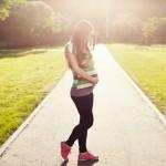 妊娠初期に足の付け根が痛い!あなたはどんな痛み?チクチク・重だるい?