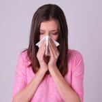 妊娠初期なぜこんなに鼻水が?鼻水・鼻づまりを今すぐ止めるには?
