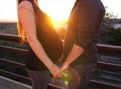 couple-1126637_640_R