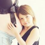 妊娠後期にへそが痛い!妊娠線・陣痛との関係は?