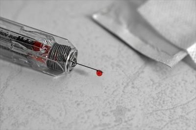 syringe-1463762_640_R