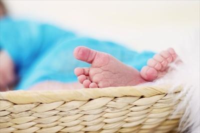 feet-619534_640_R