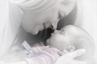 newborn-659685_640_R