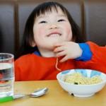 1歳児はラーメンを食べてもいい?食べさせるときの注意点教えます!