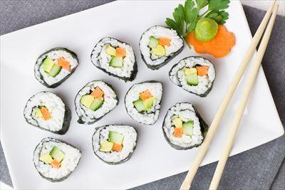 sushi-2112350_1920_R